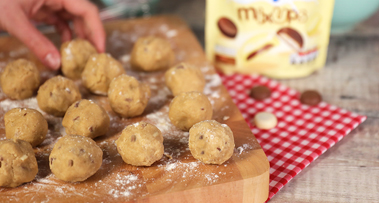 Milkybar<sup>®</sup> Mix Ups Cookie Dough Balls