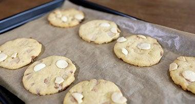Milkybar<sup>®</sup> shortbread cookies